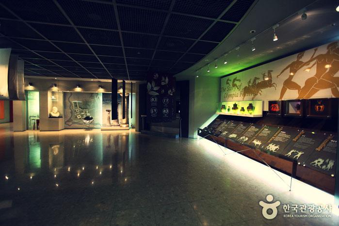 seoul-olympic-museuminside